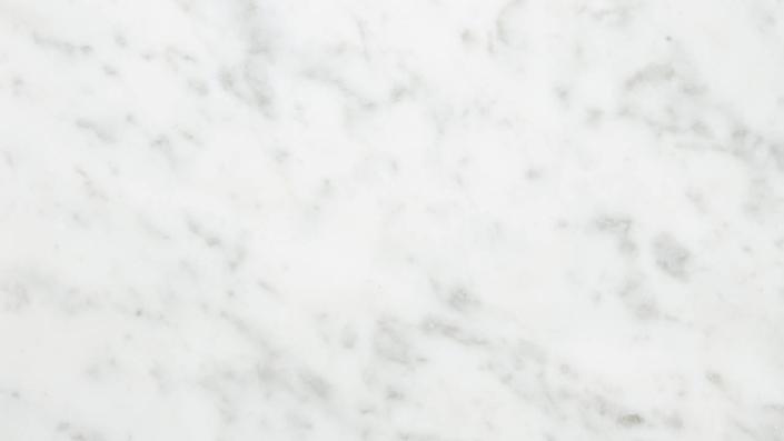Bianco Carrara C Kiillotettu ja hiottu